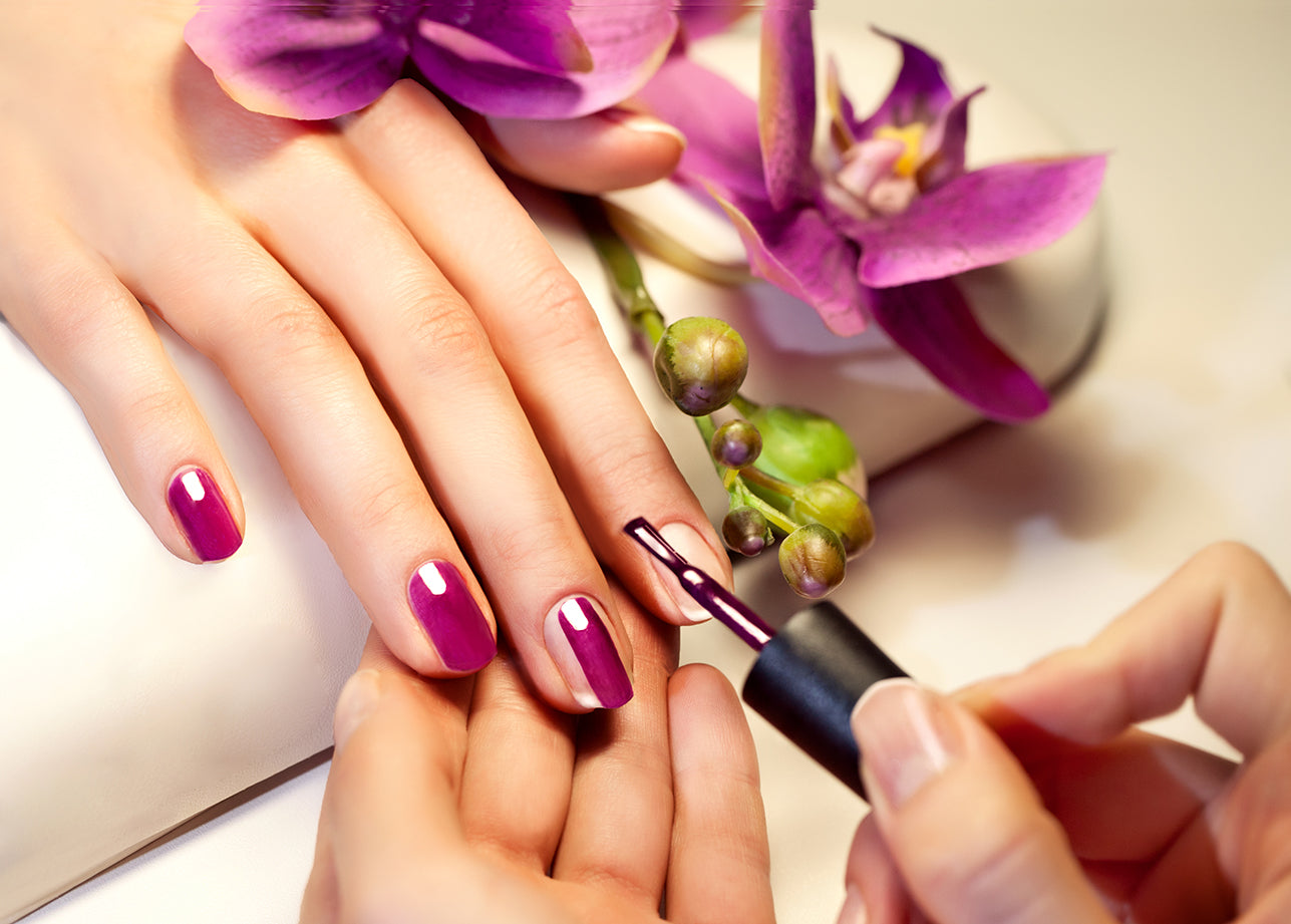 Gift Voucher Card for Beauty Salons, Nail Technicians, Therapists - Manicure Purple Photo