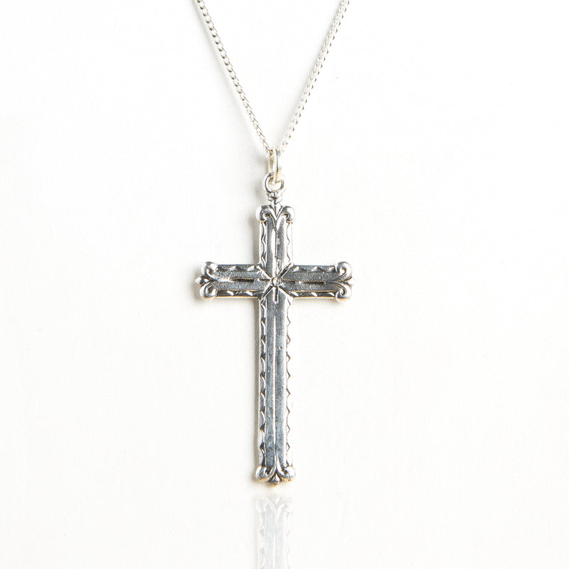 Viva Cross Necklace
