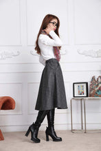 Load image into Gallery viewer, Grey plaid A line skirt for winter J003