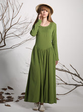 Load image into Gallery viewer, Green linen dress maxi dress long dress women dress (1136)
