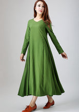 Load image into Gallery viewer, Casual dress woman green linen dress maxi linen dress Custom order with V neck (789)