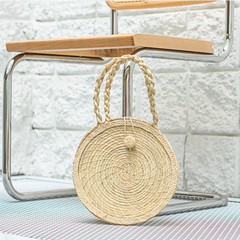 Circle straw shoulder bag