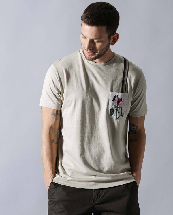 JUXTA- EMBROIDERED POCKET PIMA T-SHIRT- BEIGE T-SHIRT RARE RABBIT