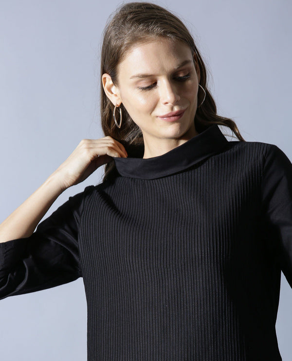 PINS-1-PIN TUCK TOP -BLACK TOP RAREISM