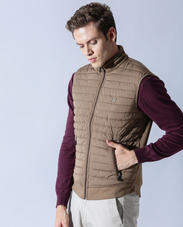 DASKER - SLEEVELESS JACKET - KHAKI COTTON JACKET RARE RABBIT