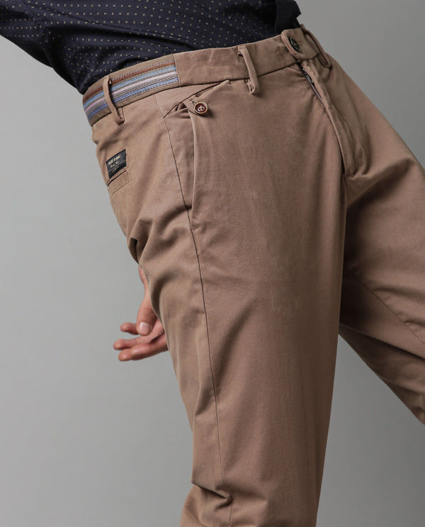 DARO- SLIM FIT TROUSER - BROWN TROUSERS RARE RABBIT
