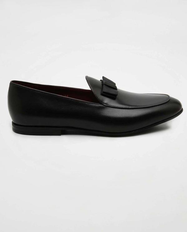 Slip - Black Loafers with Bow SHOE RARE RABBIT