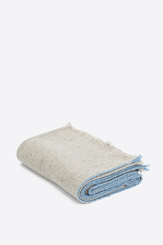 SAMPLE Merino Wool Throw - Blue Edge - Oggetto