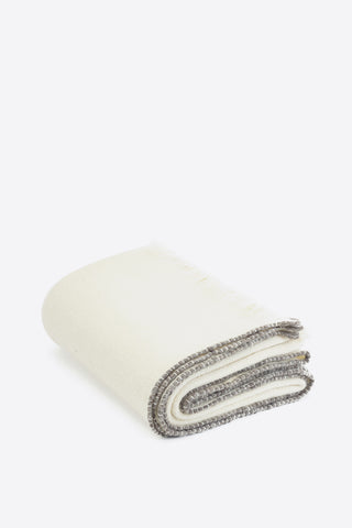 SAMPLE Merino Wool Throw - White - Oggetto