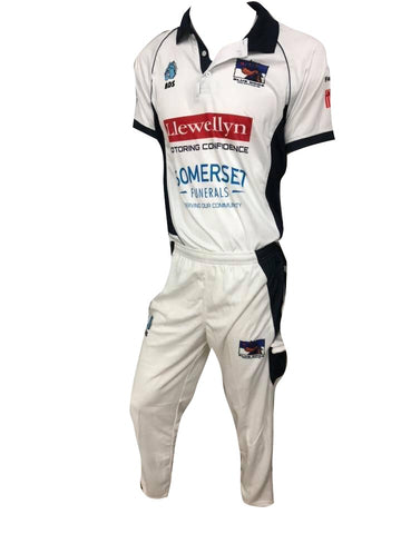 Cricket Set- Whites