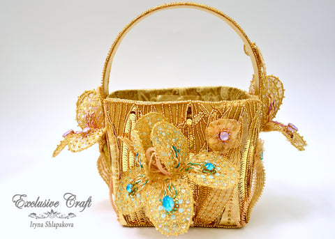 tambour embroidery beaded flower gold purse