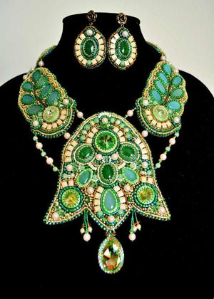 exclusive green beaded jewelry set