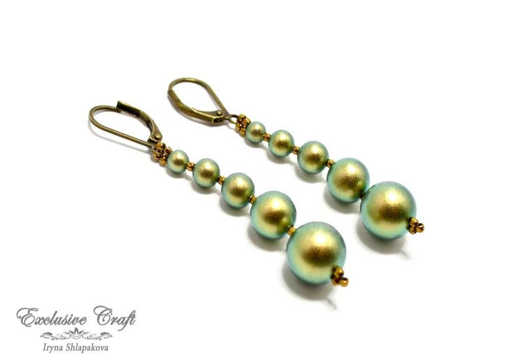 green gold beaded swarovski pearls earrings
