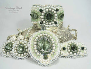 Green bead embroidery jewelry set