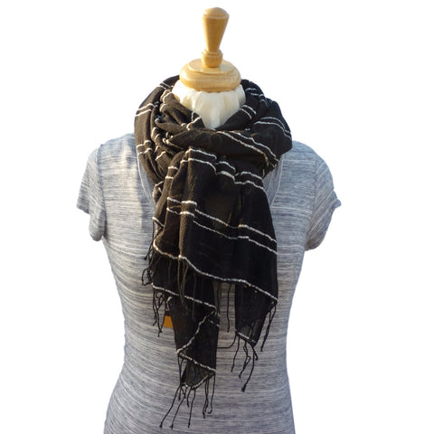 Coco Cotton Wrap, in Black