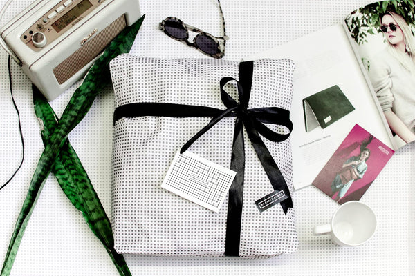 GIFT WRAP ONLINE SHOP FRIEND