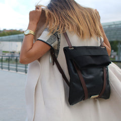 black-leather-backpack-womans