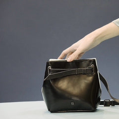 funny-bag-black-leather-womens