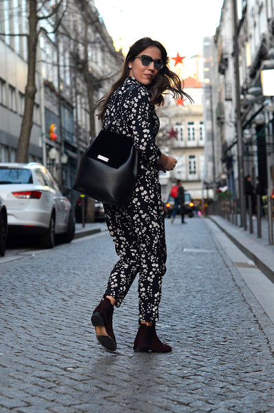 shoulder black bag street style