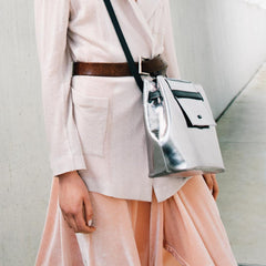 silver-leather-bag-reflector