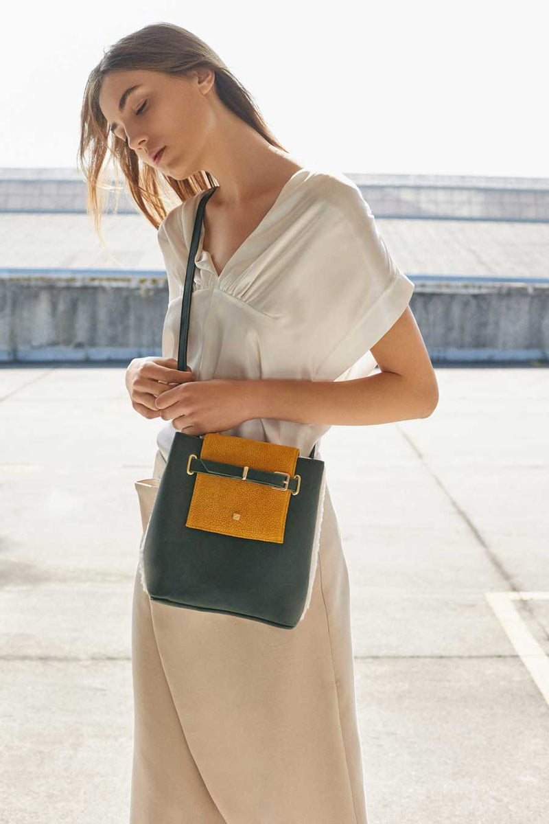 SMALL GREEN SHOULDER BAG LEATHER