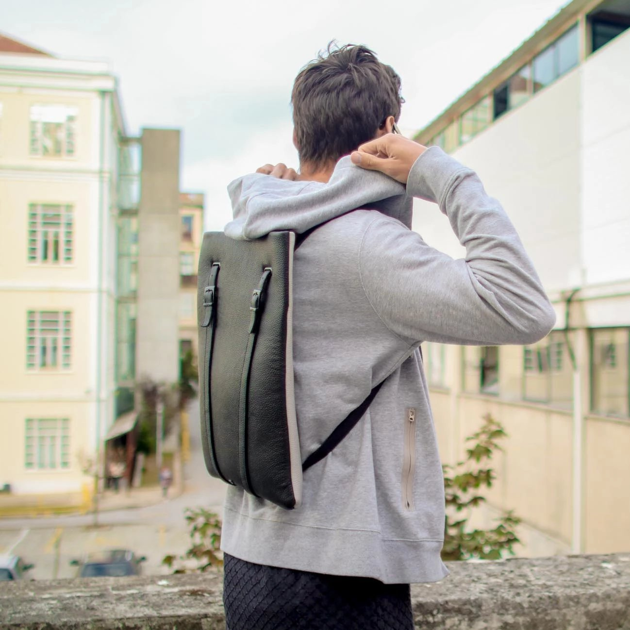 LAPTOP BACKPACK MEN SLIM BLACK LEATHER