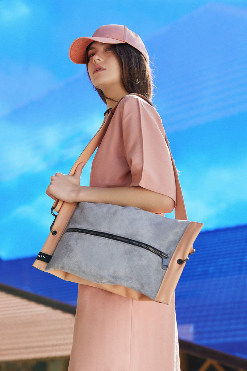 women shoulder bag beige and grey zipper