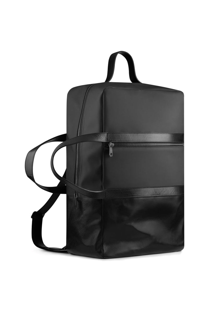 Large weekend bag in back and waterproof