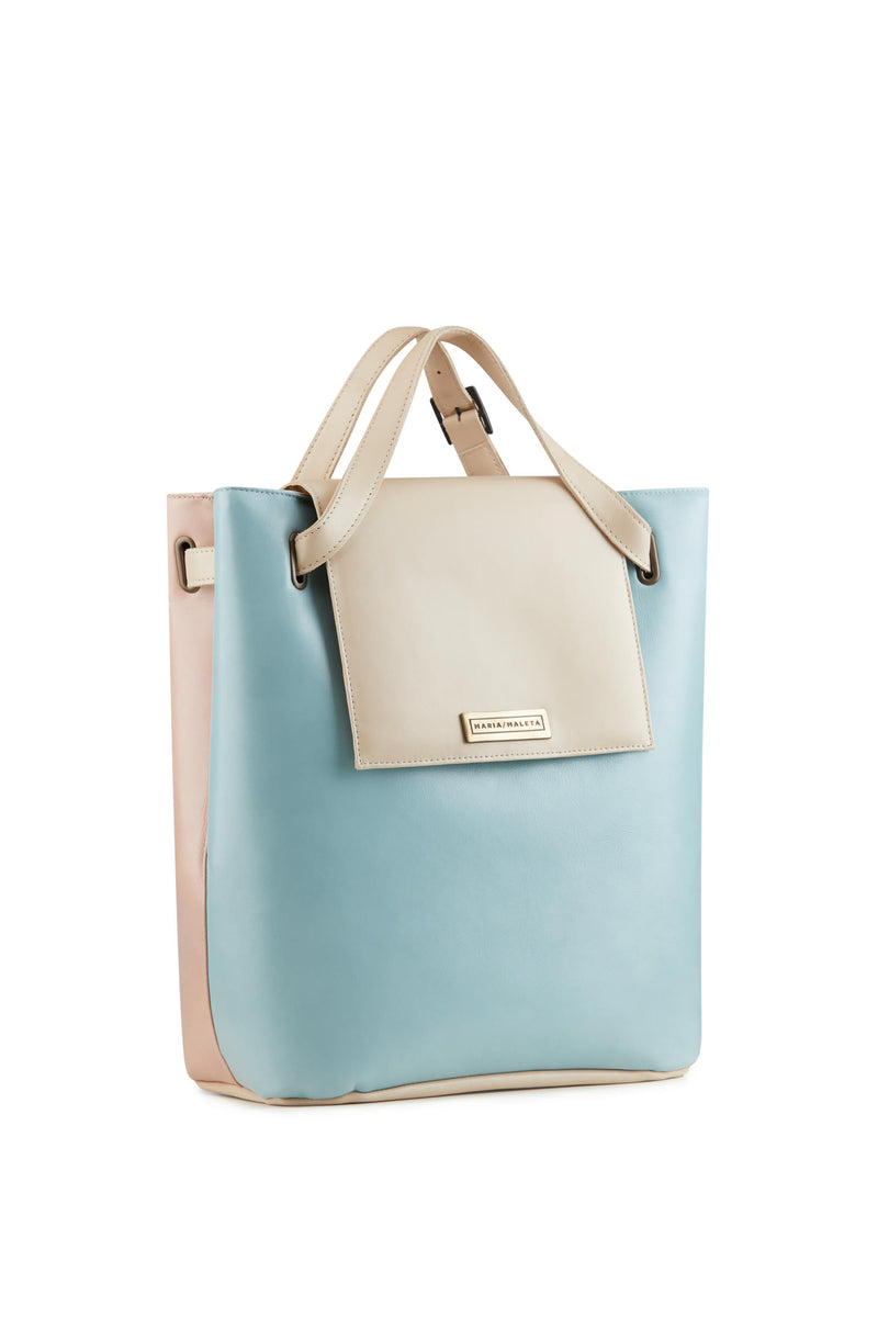 Women-shoulder-bag-in-ligth-blue-leather