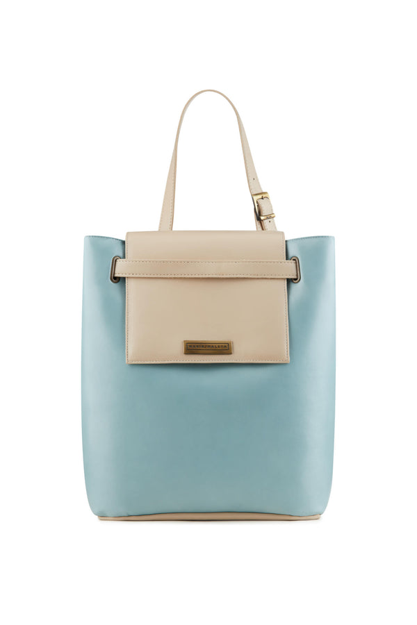 Women-shoulder-bag-in-soft-blue-leather