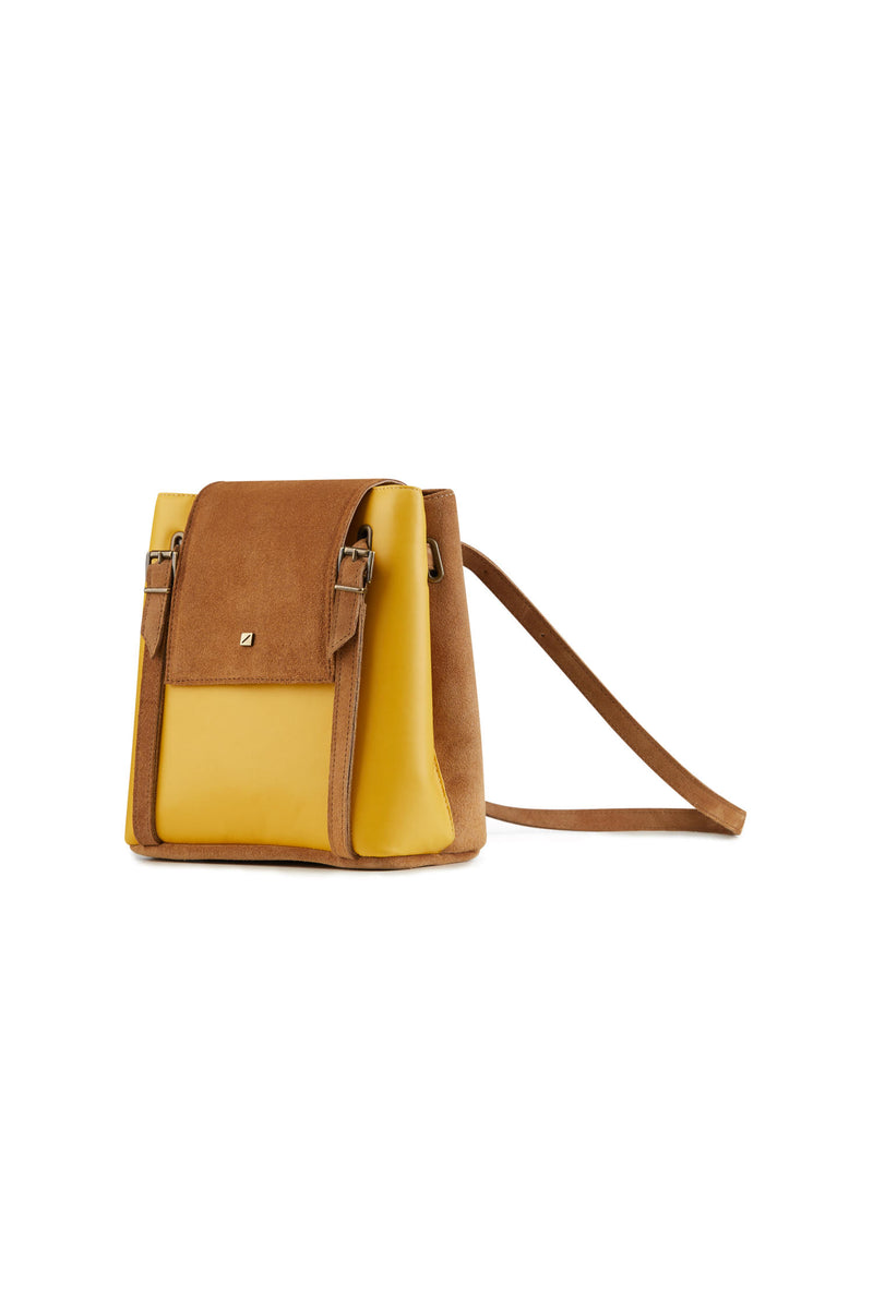 Women crossbody bag in yellow leather