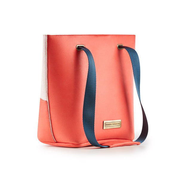 basket bag coral pantone