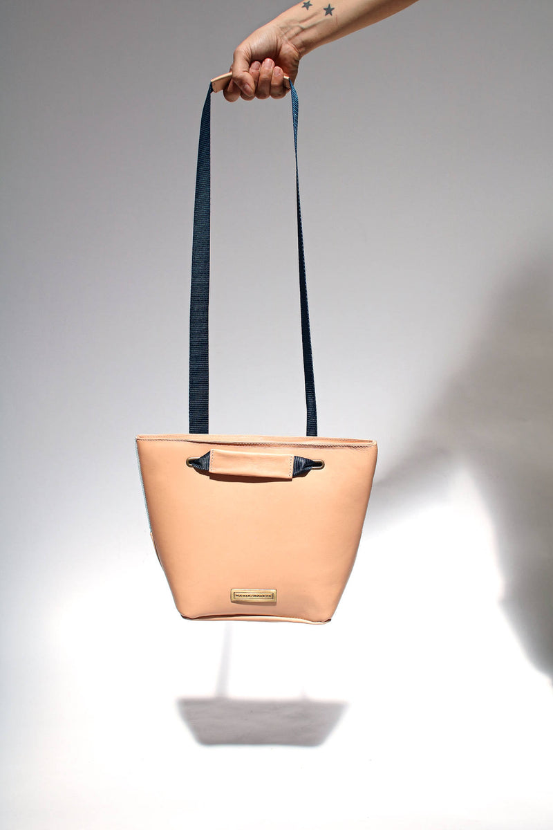 nude shoulder bag women