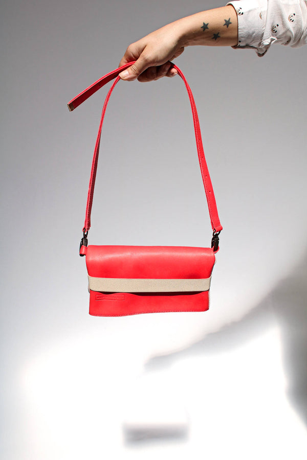 RED BELT BAG FOR WOMEN