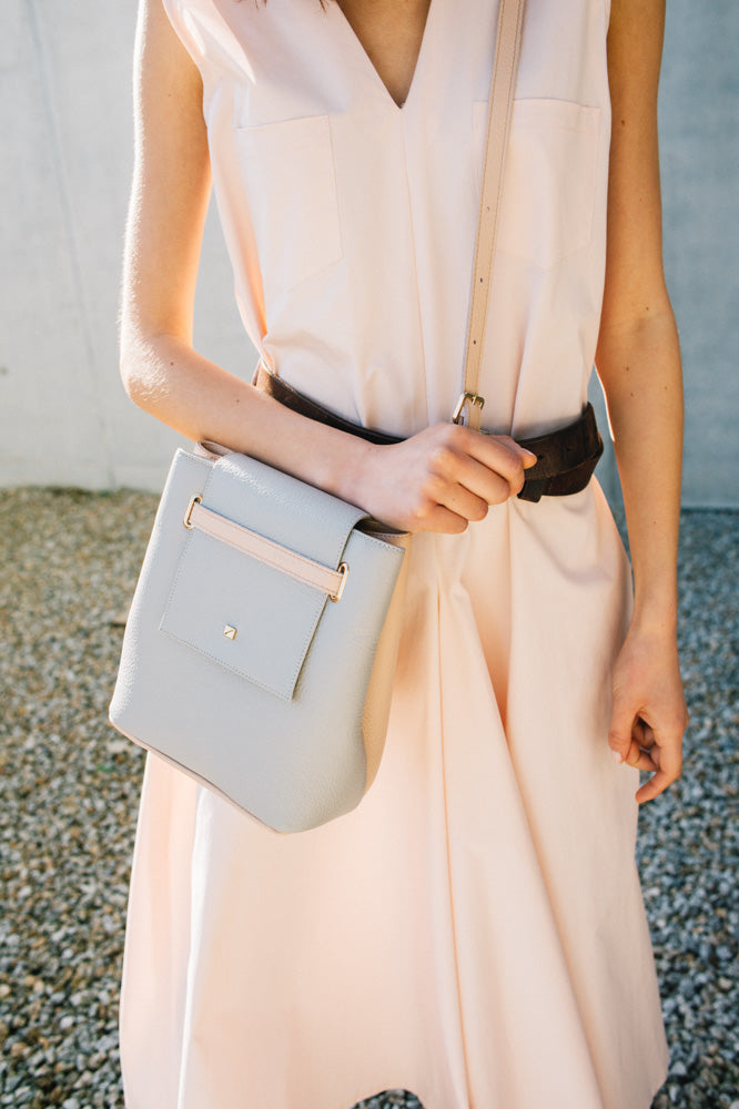 small+shoulder+bag+in+pink+blush