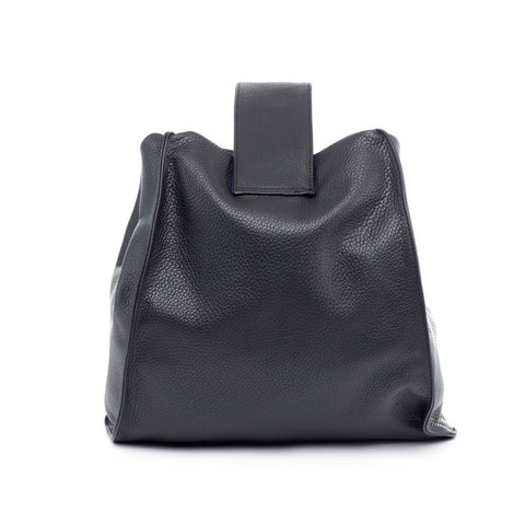 black hobo bag in leather