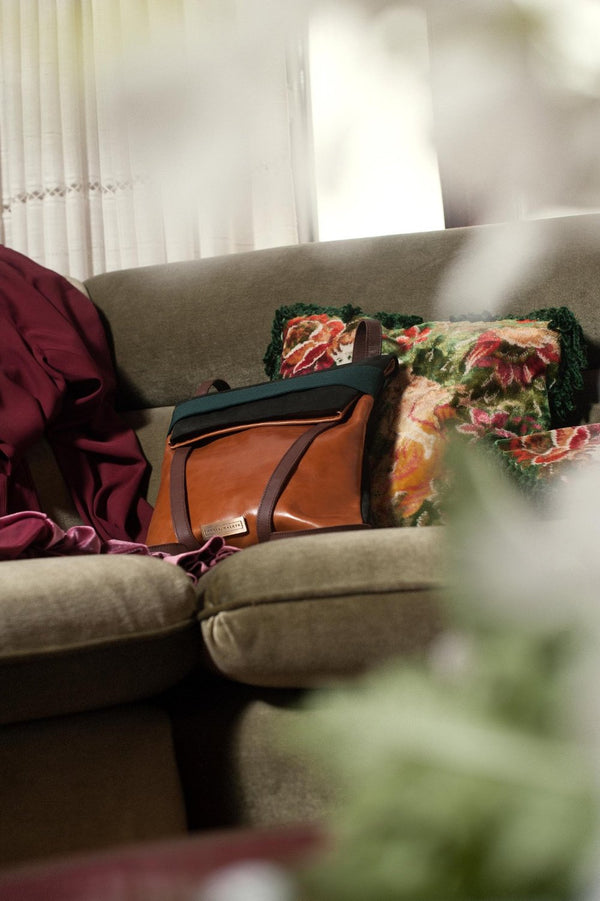 photoshoot with backpack in couch- gift for her