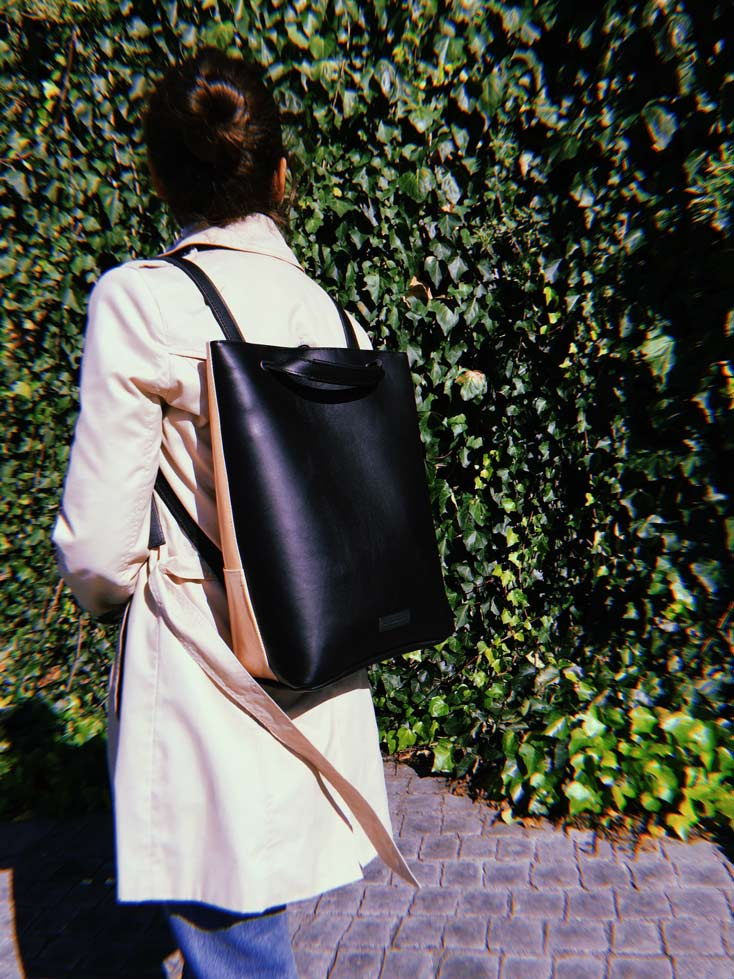 Convertible-tote-backpack-black-leather