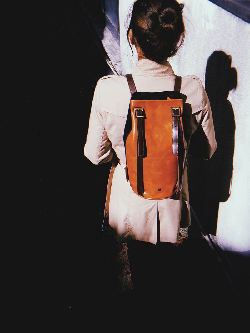 women's-backpack-brown-leather-
