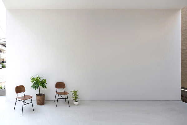 Little House with a Big Terrace : Takuro Yamamoto