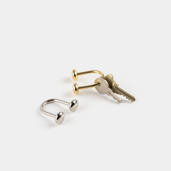 "Carl Auböck ""U"" Keyring – Polished and Nickel-Plated Brass"