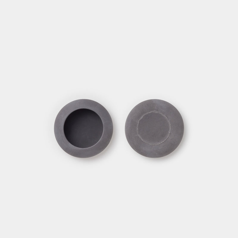 Iris Hantverk Concrete Bowl Small top and bottom