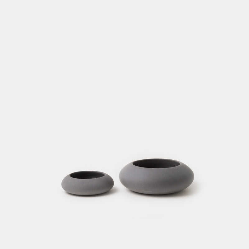 Iris Hantverk Concrete Bowl Small and Large