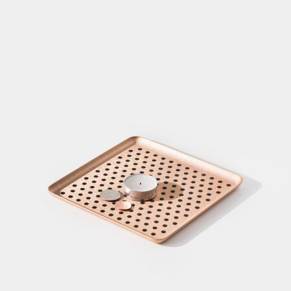 Kaymet Pressed Tray Gold Grip with tea light angle