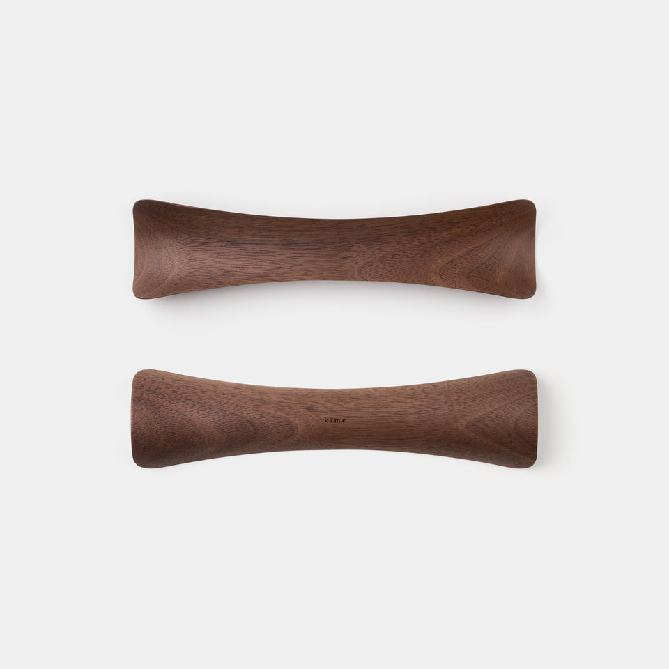 Kime Shoe Horn Walnut top and bottom