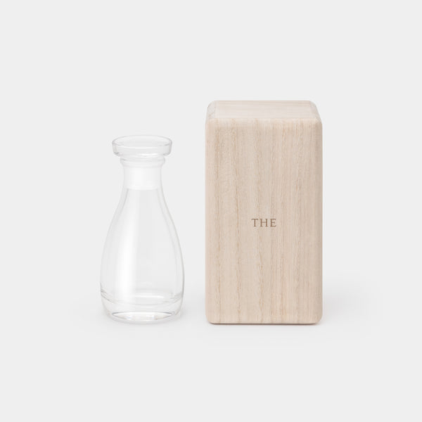 THE Soy Sauce Cruet with paulownia wood box