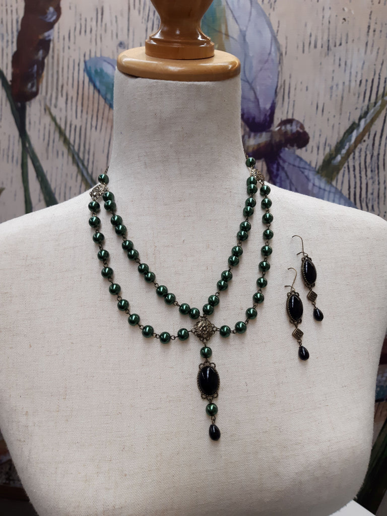 """Ghiana"" Renaissance Necklace and Earrings Set in Forest Green - READY TO SHIP"