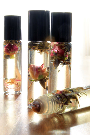 Botanical Personal Perfume Oil- BUMBLE BEE DAY DREAMS, soft floral, orchid - Lizzy Lane Farm Apothecary