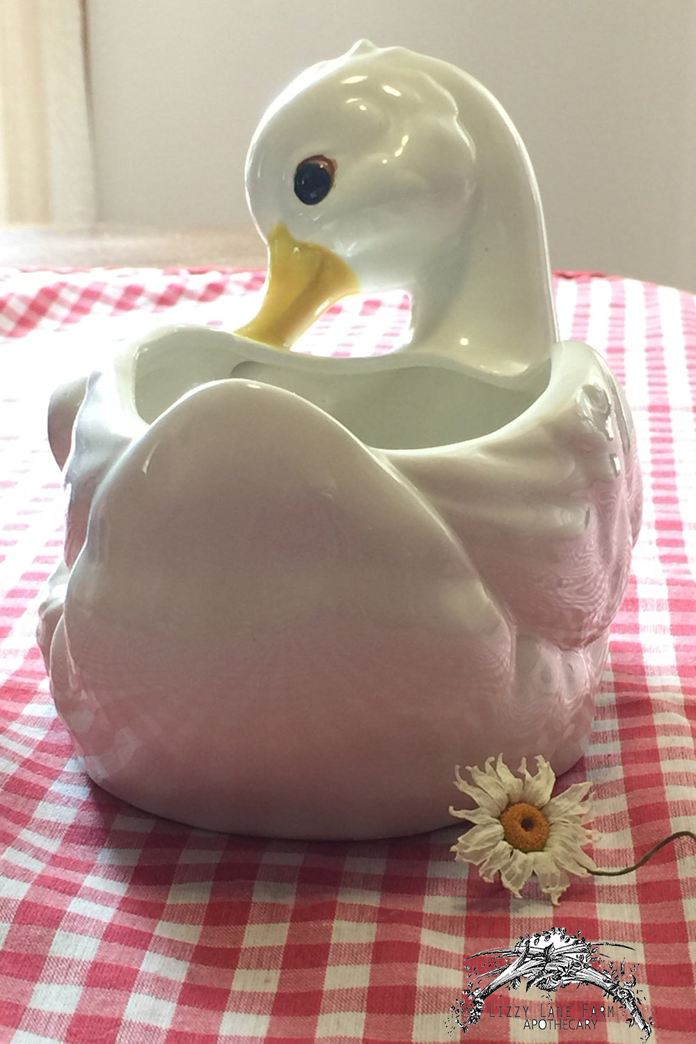 vintage flower vase, momma duck and baby
