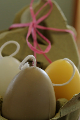 Chicken egg candle gift set of 3 in heart shaped egg carton